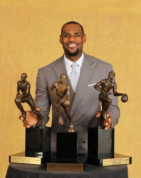 ¿Con cuántos trofeos de MVP se retirará LeBron James?